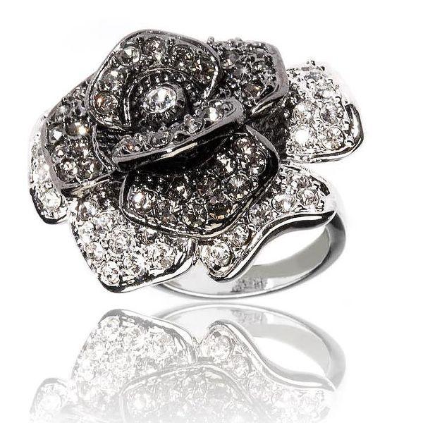 26 Dámský prsten - La Rose Noire