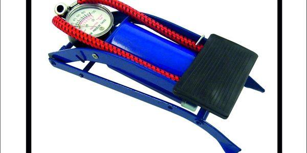 Ruční pumpa na pneumatiky automobilu je užitečným pomocníkem do každého auta!! Nyní jen za 189 Kč!!