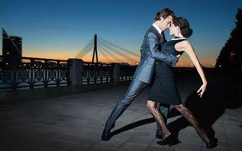 Lekce latinskoamerických tanců! Protančete se ke štíhlé postavě. Profesionální lektoři!