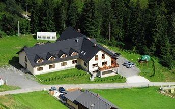 53 € za 3-dňový pobyt pre 2 osoby s raňajkami, masážou a saunou v príjemnej a tichej lokalite obce Oščadnica.