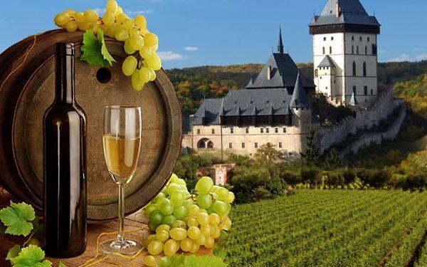Vinobraní je tady! Nechte auto doma a cestujte pohodlně vlakem! Ochutnejte výborná vína ze svahů samotného Karla IV.! Všechna voda na hradu Karlštejn se promění na tekoucí víno! Vstup v dobových kostýmech zdarma!