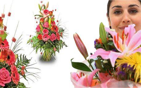 Krásná kytice lilií a gerber zaručeně potěší každou ženu!