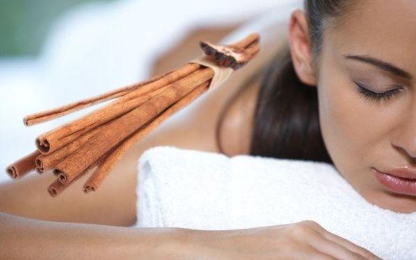 199 Kč za tonizační masáž se skořicovým zábalem