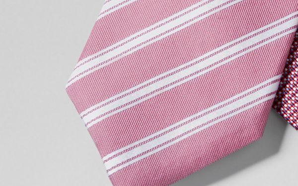 Hedvábná kravata, červená s proužkem
