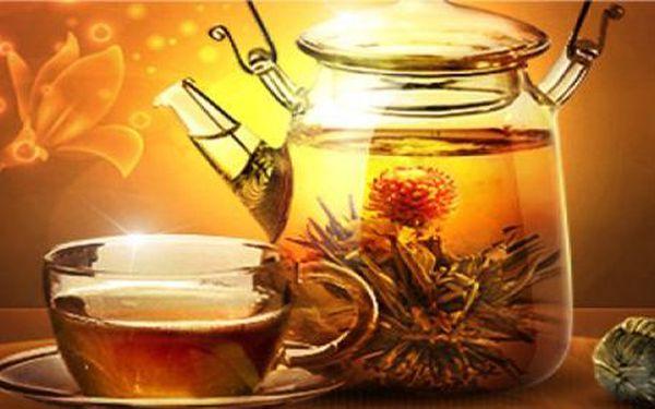Exkluzivní dřevěná skřínka - 12 ks černého kvetoucího čaje!