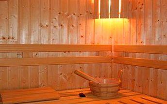 490 Kč za 90 minut bylinného saunování (ochlazovací káď, relaxační prostor) v luxusní privátní sauně s bylinnou koupelí pro 2 osoby!