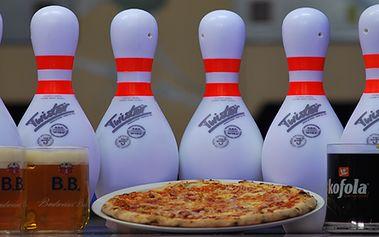 Dvě hodiny bowlingu (až pro 8 hráčů), 2 piva nebo Kofoly a výtečná italská pizza