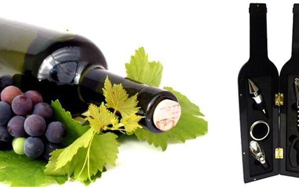 Luxusní set na víno! Originální, designovaná láhev obsahuje 5 nástrojů na snadno