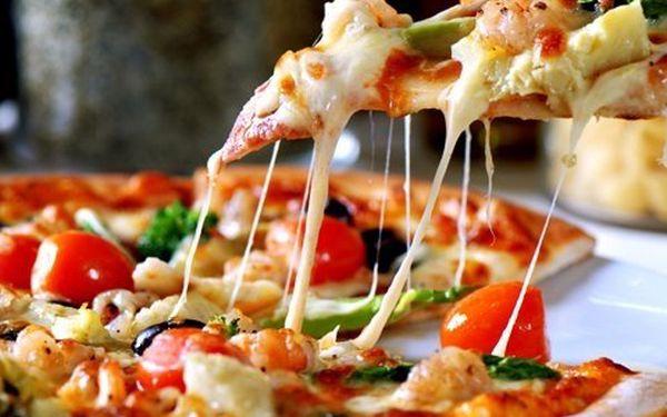Pizza a kuřecí či vepřový steak! Vychutnejte si skvělé jídlo v útulné restauraci!