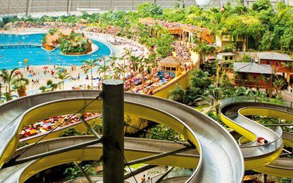 Zájezd do Tropical Islands! Celý den v německém Tropical Island, doprava i delegát!