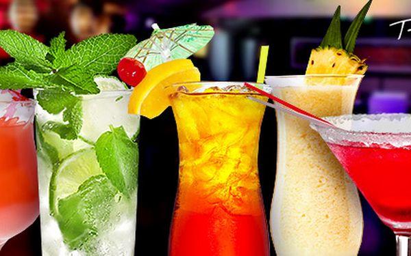 5 koktejlů dle výběru v Music Clubu Theatro