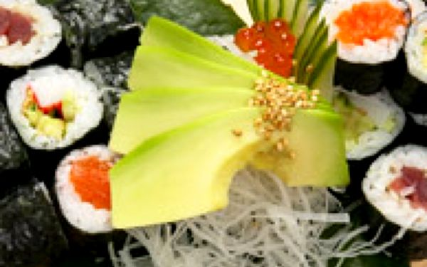 Ochutnávka sushi v The Sushi Baru - Hledáte nejlepší sushi v Praze? Pak nesmíte minout The Sushi Bar. Díky tomuto exkluzivnímu zážitku pro členy Lime&Tonic si vychutnáte fantastickou přehlídku chutí, jaké jen šéfkuchaři The Sushi Baru dokážou připravit!