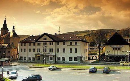 Krkonoše pro 2 na 3 nebo 4 dny! Čtyřchodové menu, masáž, sauna a malebná krajina Krkonoš!