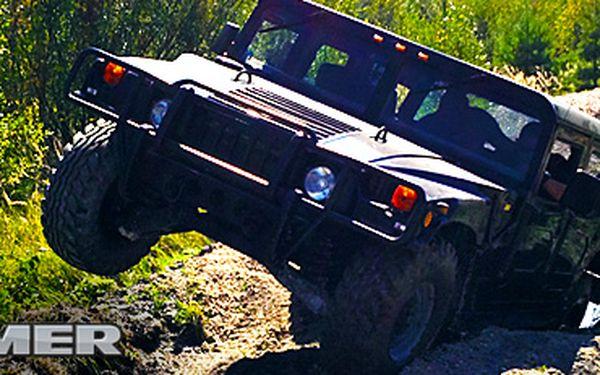 Nejlepší off-road zážitek s drtivou 80% slevou: 30 minut jízdy v Hummeru H1