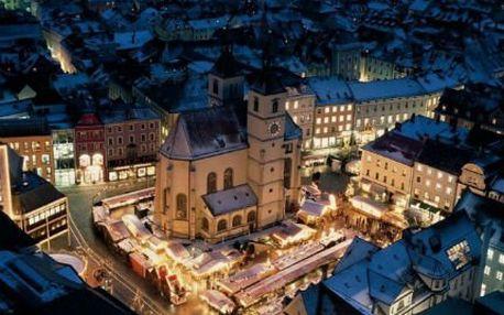 Celodenní zájezd do Regensburgu! Zažijte atmosféru nejstarších adventních trhů v Německu.