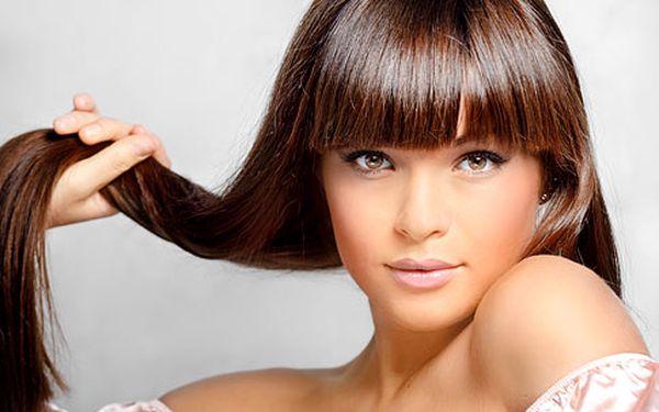 Kadeřnický střih a barva – vč. žehlení vlasů