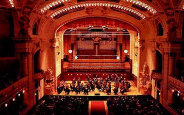 1 vstupenka na Mezinárodní klavírní festival Praha 2012 za fantastických 390 Kč!