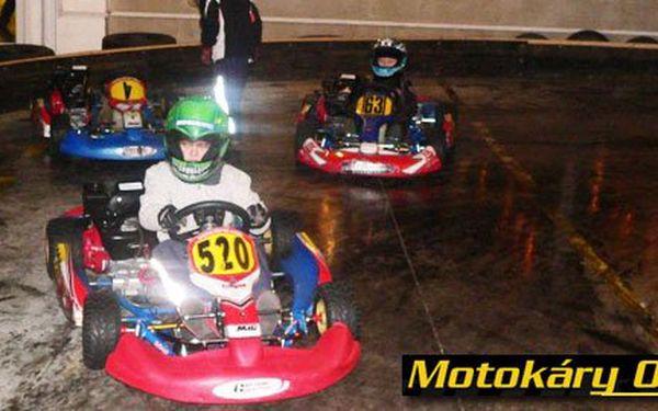 DVĚ adrenalinové jízdy na motokárách a DVA nápoje v Lamborghini kart areně jen za 219 Kč! Rychlost, adrenalin a vzrušení závodníka F1 s 47% slevou!