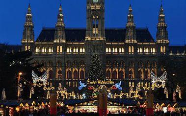 1. 12. na advent do Vídně! Rakouská metropole se pyšní jedněmi z nejkrásnějších adventních trhů. Přesvědčte se osobně!