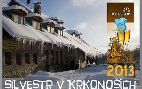 Krkonoše - Benecko, prožijte Silvestra na horách! Silvestrovská dovolená s oslavou pro 2 osoby na 5 dní + dítě do 10 let zdarma!! Vleky přímo u hotelu! Benecko se pyšní 20 km značených běžeckých tratí, 10 lyžařskými vleky s večerním lyžováním a turisty uchvátí i procházky zdejší přírodou. Sleva na dovolenou 45%!