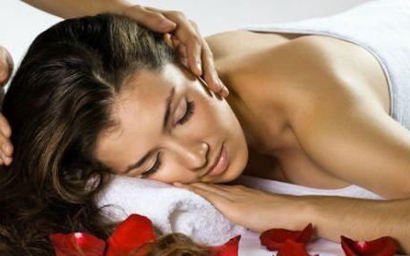 Perfektní sleva na dvě masáže. Havajská lomi-lomi nebo relaxační? Vyberte si tu svou a zbavte se bolesti, napětí i stresu
