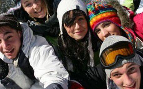 Víkendový pronájem roubené CHALUPY SNĚŽENKA s ubytováním pro cca 20 osob v oblíbené horské obci Benecko v Krkonoších! Pouze 7 kupónů, NEVÁHEJTE!