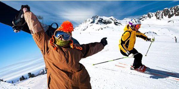 Jednodenní zájezd na lyžování do rakouského střediska Stuhleck pouze za 459 Kč! 24 km upravených sjezdovek pro začátečníky i pokročilé a sousta atrakcí Vás čekají v největším lyžařském středisku v Dolním Rakousku!