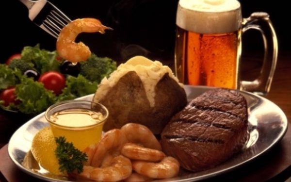 SENZACE! Restaurace Apropos: Veškerá jídla, alko i nealko nápoje - celé menu s 55% slevou! To vše v historickém srdci Prahy-1 v špičkové restauraci APROPOS!!1