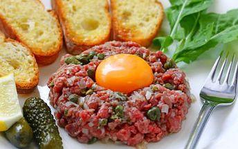 Tatarák nebo kuřecí či vepřový steak! Pochutnejte si ve stylové restauraci Arigone!