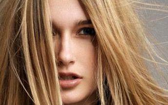 Prodloužení vlasů o 100 pramenů délky 50-52 cm nejšetrnější metodou RINGS.