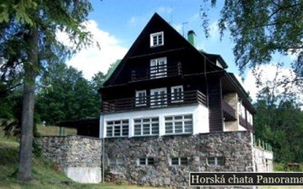 Pouhých 1599 Kč za 3denní POBYT pro dva s POLOPENZÍ v útulné horské chatě Panorama v Deštné.