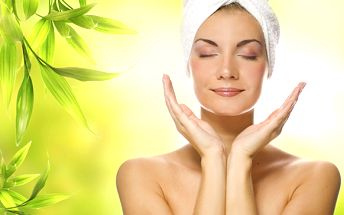 Celkové vyčistenie pleti pomocou Skin Scrubber či bezbolestné ošetrenie BIOLIFT s ultrazvukovou masážou! Zabudnite na vrásky, kruhy pod očami či popraskané cievky!
