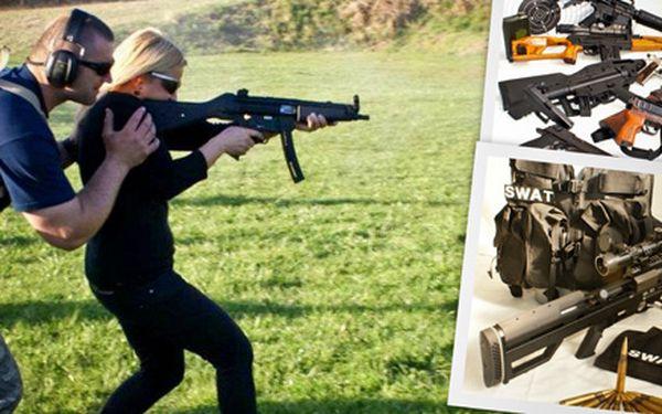 Střelba z 5 nebo 8 zbraní dle vlastního výběru!