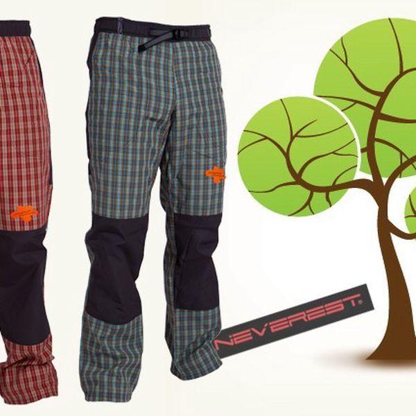 Dámské pohodlné sportovní kalhoty značky Neverest v červené a modré barvě.