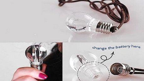 NOVINKA! Jedinečná barevná LED žárovka s klíčenkou a se slevou 50%! Vyzkoušejte praktické řešení v případě nízké viditelnosti! Udělejte radost sobě, či někomu blízkému!