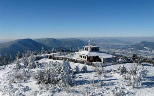 4denní vánoční pobyt! Polopenze se štědrovečerní večeří, lyžování a první koulovačka!