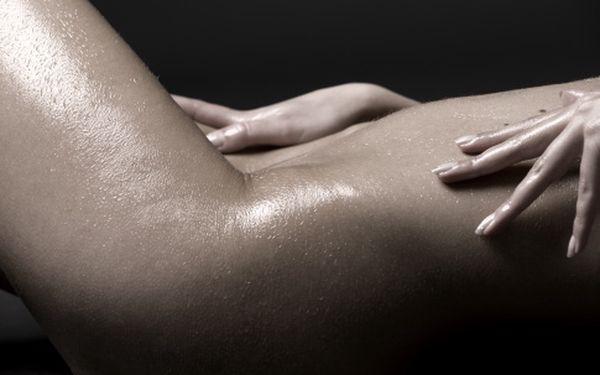 Tantrická masáž ve tmě