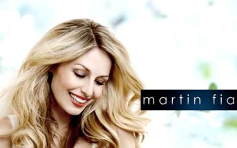 Dopřejte si luxusní, profesionální brazilské KERATINOVÉ OŠETŘENÍ za 999 Kč nebo ZAHUŠTĚNÍ A PRODLOUŽENÍ vlasů již od 1 249 Kč od světově uznávaného vizážisty-stylisty hollywoodských hvězd Martina Fialy!