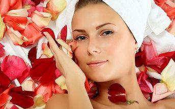 60-minútové luxusné ošetrenie kozmetikou Temperanc v salóne krásy CHANEL! Ultrazvukový peeling, masáž tváre, bezihlová mezoterapia, ozonizér, liftingová maska + farbenie obočia!