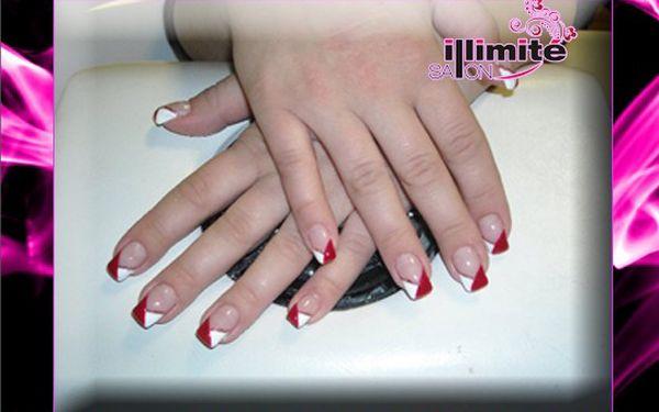 Modeláž gelových nehtů, případně doplnění