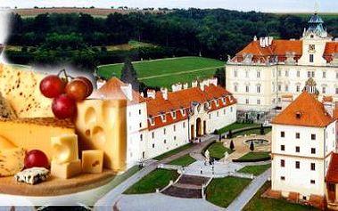Poznejte krásy a pohostinnost Jižní Moravy! Třídenní pobyt v zámeckém hotelu...
