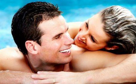 Privátní sauna s vířivkou PRO DVA! Sekt, možnost vonných olejů a ochlazovací bazén. Už nyní oslavte Valentýna