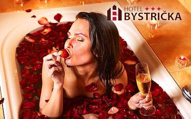 6-dňový pobyt pre dvoch v luxusných izbách hotela BYSTRIČKA***! V cene welcome drink, polpenzia, neobmedzený wellness, silvestrovský večer s kapustnicou a fľašou sektu!