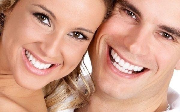 Bělení zubů metodou Star White bez použití peroxidu.