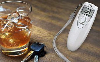 Alkohol tester s rýchlou detekciou obsahu alkoholu v krvi. Neoceniteľný pomocník len za 9,19 € vrátane poštovného!