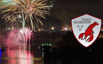 Silvestrovský večírek u brněnské přehrady