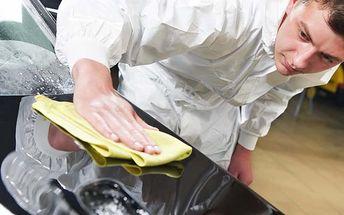 Ochrana laku vášho auta pred nepriaznivým zimným počasím. Kompletné ručné umytie auta zvonka, vysušenie, vysatie interiéru a ručné navoskovanie celého auta teflónovým voskom od renomovanej značky Autoglym.