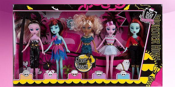 Sada pěti stylových panenek Monster High – Gloom Beach, letošní hit mezi panenkami.