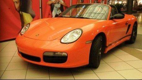 Jízda v Porsche Boxster! Užijte si 30kilometrovou jízdu. Obdarujte sebe nebo své blízké adrenalinovým dárkem!