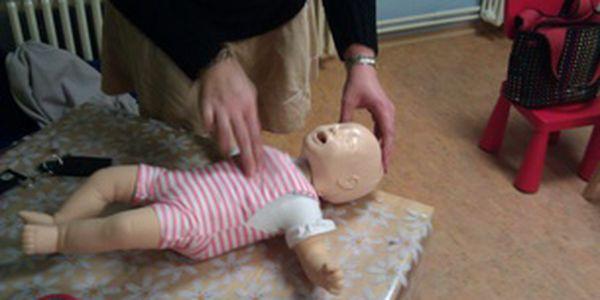 Akutní stavy a první pomoc u DĚTÍ